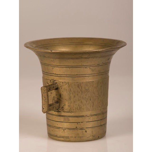 Modern Solid Cast Brass Mortar and Pestle, France c.1920 For Sale - Image 3 of 8