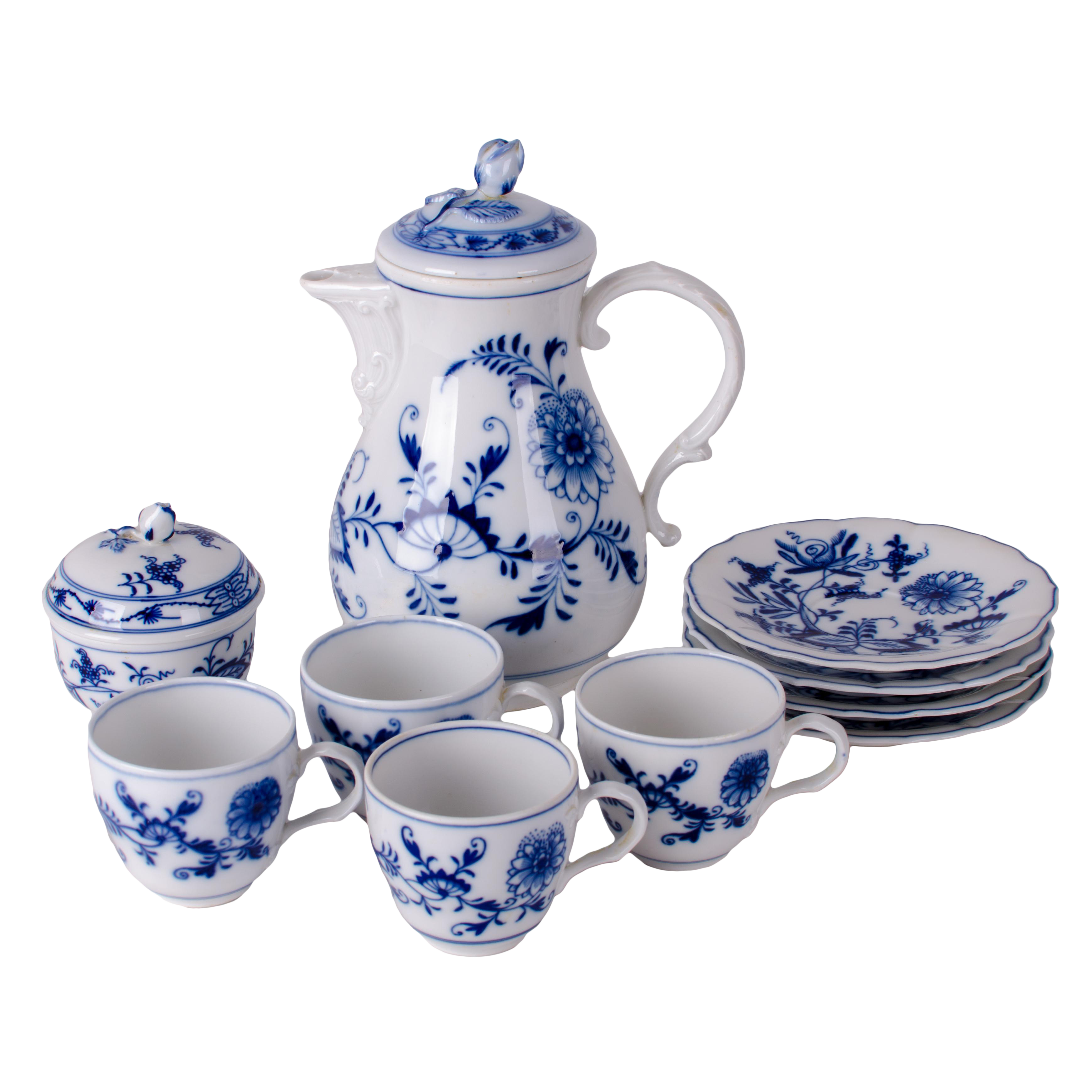 Meissen Blue Onion Tea Set  sc 1 st  Chairish & Meissen Blue Onion Porcelain Dessert Set- 41 Pieces | Chairish