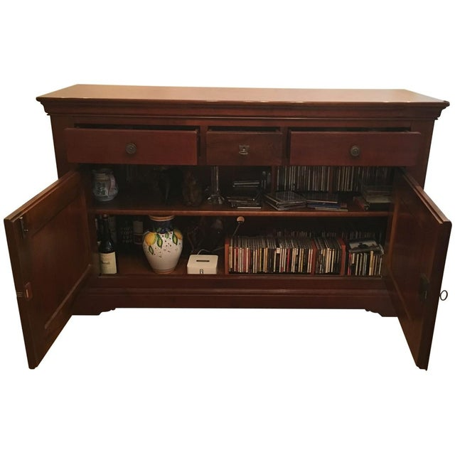Beautiful solid cherrywood Grange Buffet in Louise Phillip style. Excellent condition.