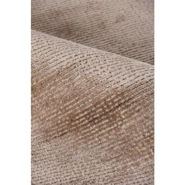 "Raven Hand loom Wool/Viscose Beige Rug-8'x10'"" For Sale In Los Angeles - Image 6 of 7"
