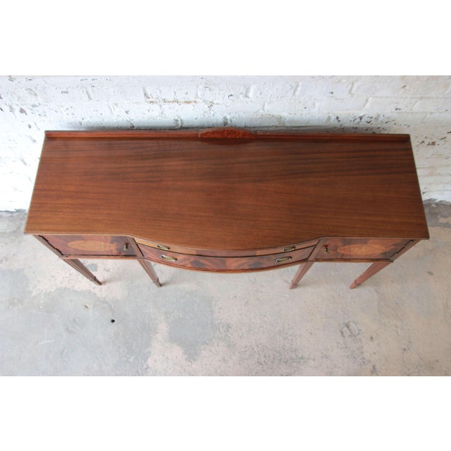 Limbert Hepplewhite Style Inlaid Flame Mahogany Sideboard Buffet, Circa 1930s For Sale - Image 9 of 11