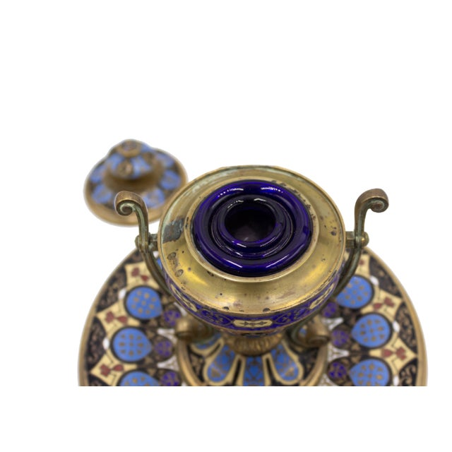 Traditional French Victorian Enamel Urn Shaped Inkwell For Sale - Image 3 of 6