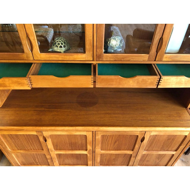 1970s Vintage Teak Wood Two-Piece Display Hutch For Sale In Seattle - Image 6 of 10