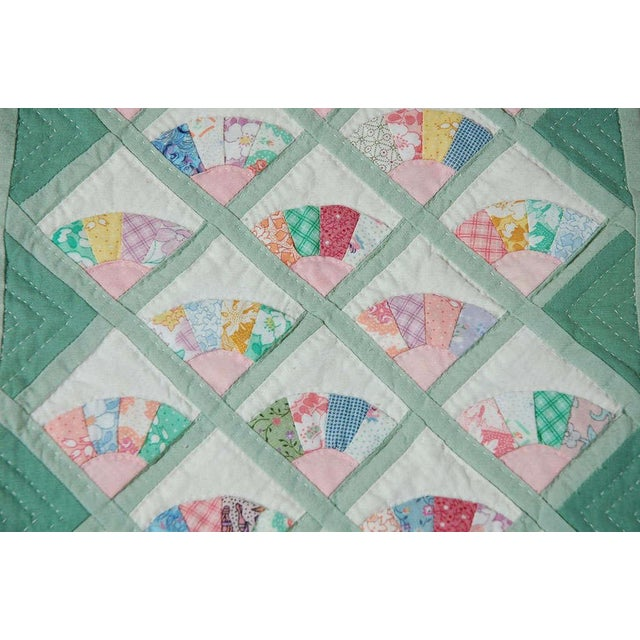 Miniature 1940s Pastel Fans Mounted Doll Quilt - Image 7 of 8