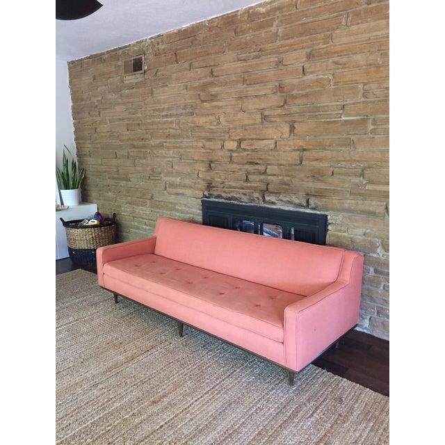 Mid-Century Modern Salmon Mid Century Sofa For Sale - Image 3 of 6