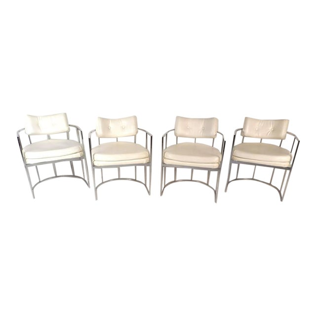 Set of Mid-Century Modern Dining Chairs in the Style of Milo Baughman For Sale