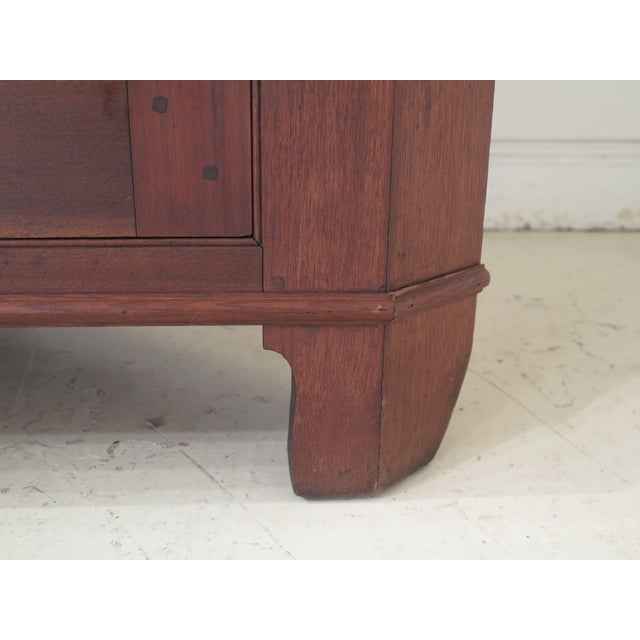 18th Century Antique Virginia Chippendale Walnut Corner Cabinet For Sale In Philadelphia - Image 6 of 13