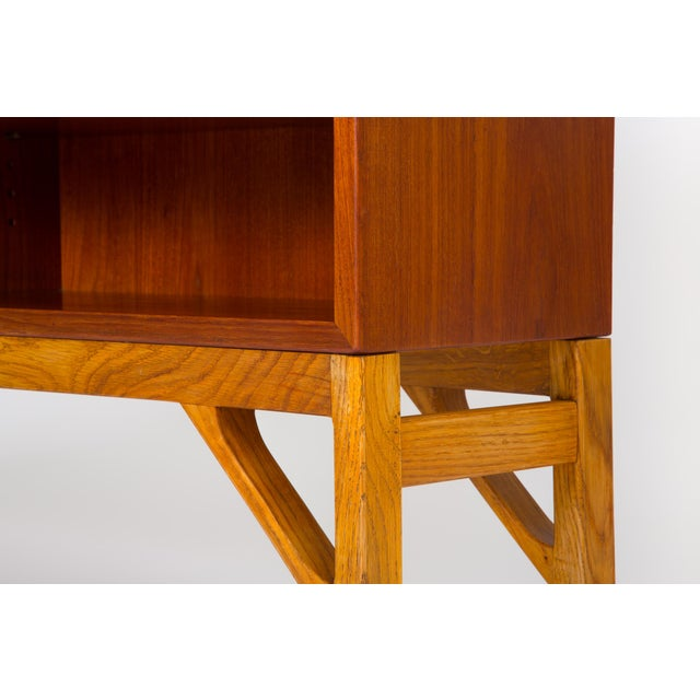 Danish Modern Bookcase in Teak and Oak by Børge Mogensen For Sale - Image 10 of 12