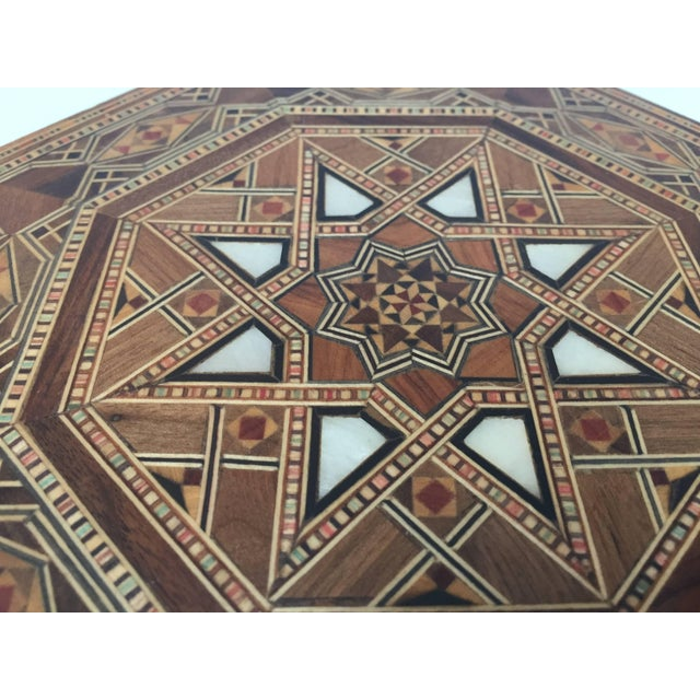 Islamic Middle Eastern Syrian Inlaid Marquetry Mosaic Octagonal Jewelry Box For Sale - Image 3 of 10