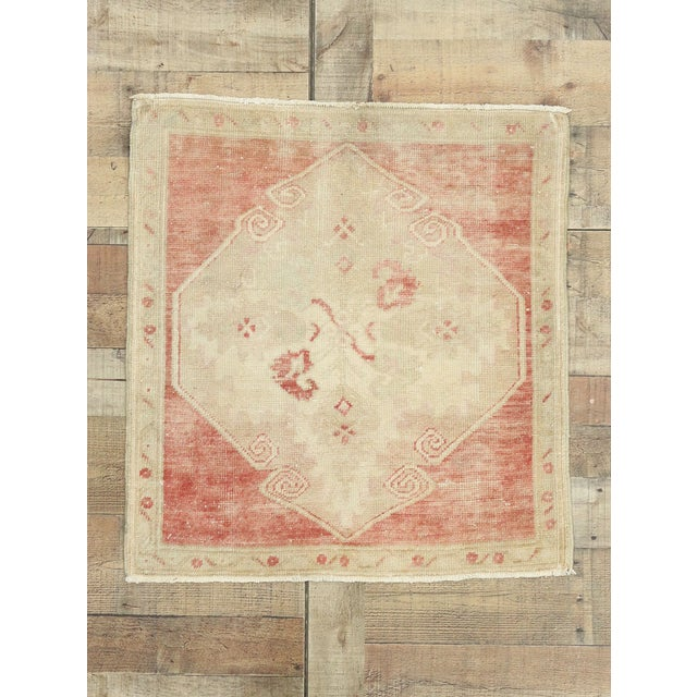 "Beige Vintage Turkish Oushak Accent Rug - 2'5"" X 2'7"" For Sale - Image 8 of 10"