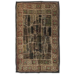 "Vintage Handcrafted and Quilted Textile From India - 2'9"" x 4'8"" For Sale"