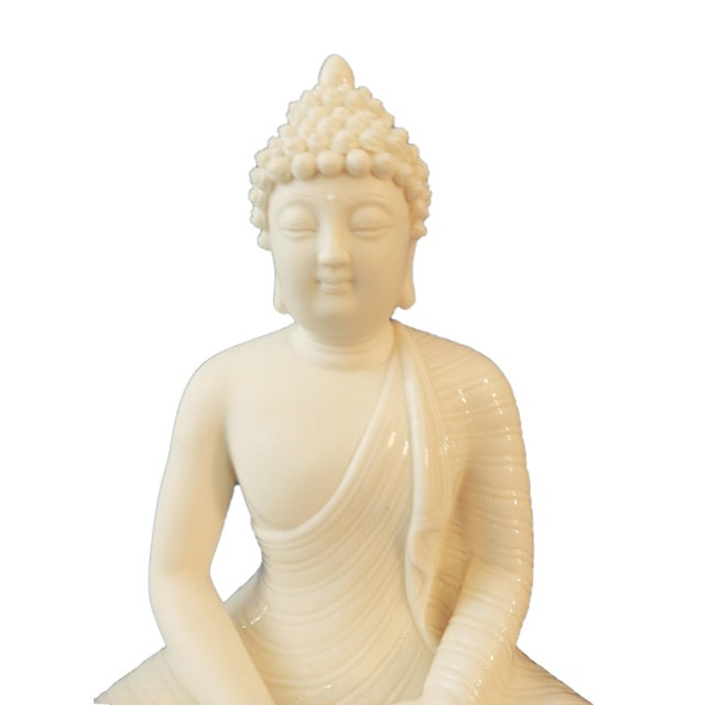 Superb Blanc de Chine Porcelain Meditating Buddha. Another of the more common rupas is of the Buddha in Meditation. This...