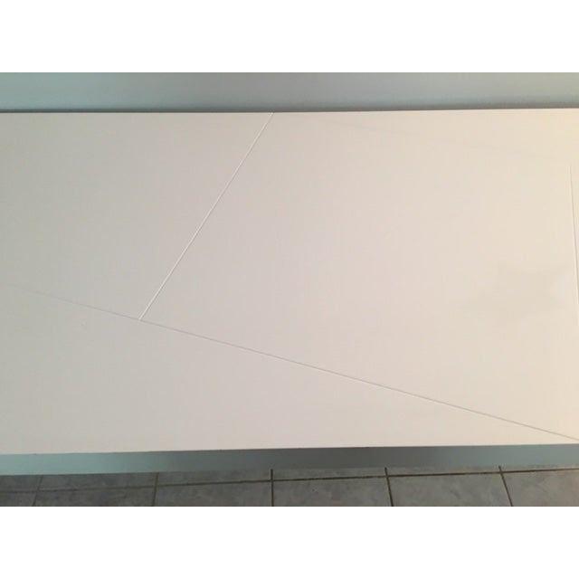 Modern White Lacquer Table For Sale - Image 5 of 6