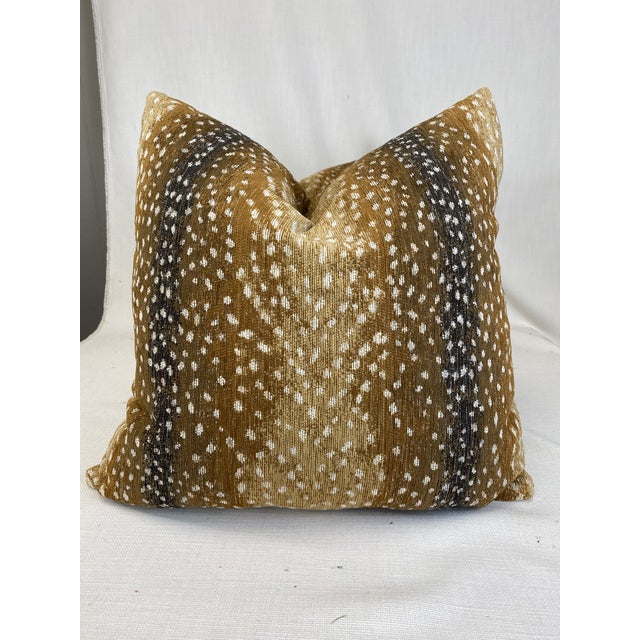 """2020s Antelope Print Chenille 22"""" Pillows-A Pair For Sale - Image 5 of 5"""