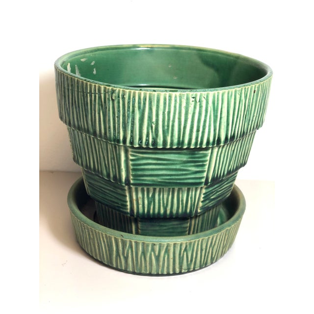 """McCoy Pottery 1940s – 1960s Large"""" Green"""" Mid-Century Flowerpot and Saucer For Sale - Image 10 of 10"""