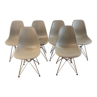 Eames Molded Plastic Wire-Base Side Chairs - Set of 6 For Sale