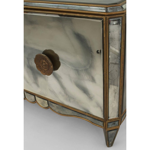 French Pair of French Mirrored Commodes For Sale - Image 3 of 4
