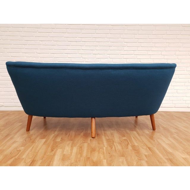 "1960s Vintage Danish Design by Kurt Olsen, ""Banana"" Sofa For Sale - Image 9 of 13"