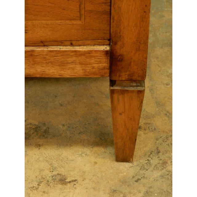 Early 19th Century French Commode For Sale In New Orleans - Image 6 of 10