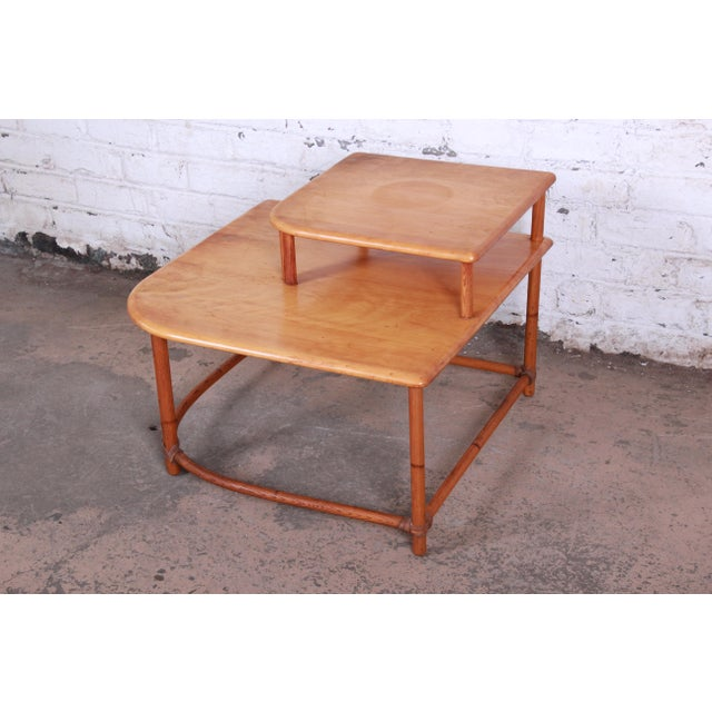 Boho Chic Heywood Wakefield Mid-Century Modern Rattan Corner End Table For Sale - Image 3 of 10