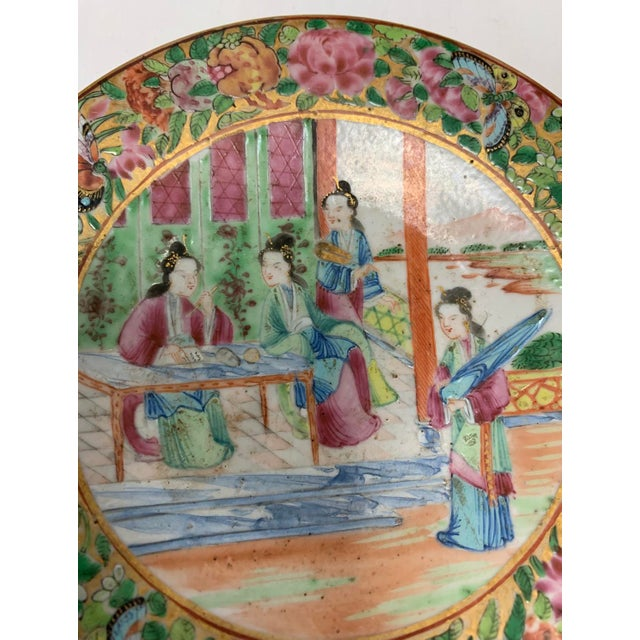 Chinese Antique Chinese Export Rose Mandarin Footed Dish For Sale - Image 3 of 7