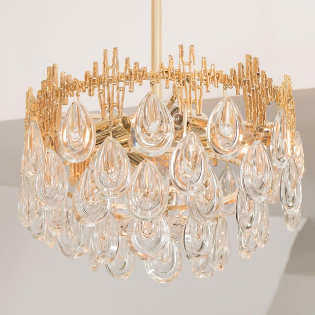 Mid-Century Modern 1960s Mid-Century Modern Three Tier Brass and Crystal Drop Lens Chandelier For Sale - Image 3 of 5