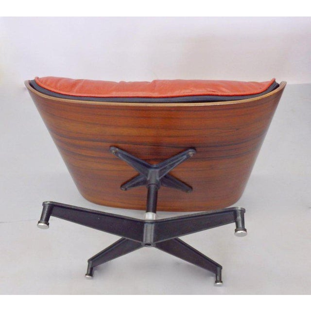 Mid-Century Modern Eames for Herman Miller Rosewood With Red Leather 670 Lounge Chair and Ottoman For Sale - Image 3 of 11