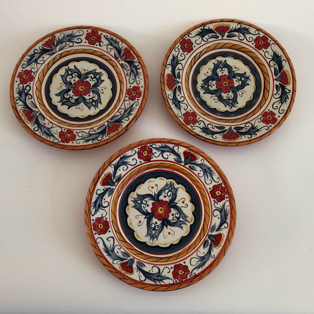"""2000 - 2009 Contemporary """"Tabletops Gallery ITALIANO""""Hand Painted Salad Plates S/3 For Sale - Image 5 of 5"""