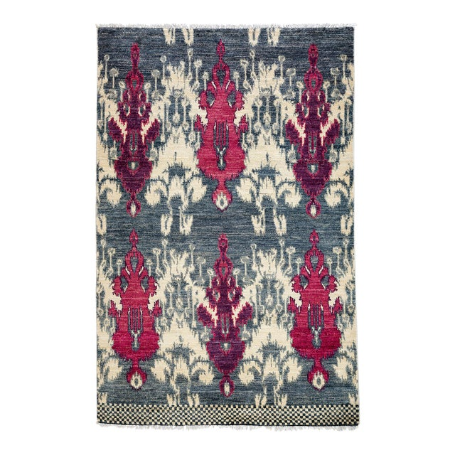 """Contemporary Ikat Hand Knotted Rug - 4' 7""""x 7' For Sale"""