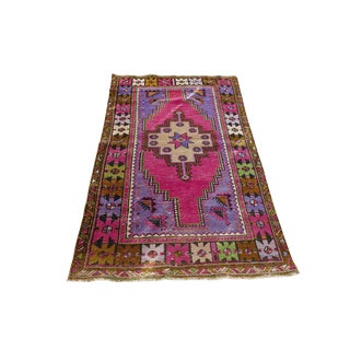 1970s Vintage Turkish Handwoven Rug - 3′2″ × 5′11″ For Sale