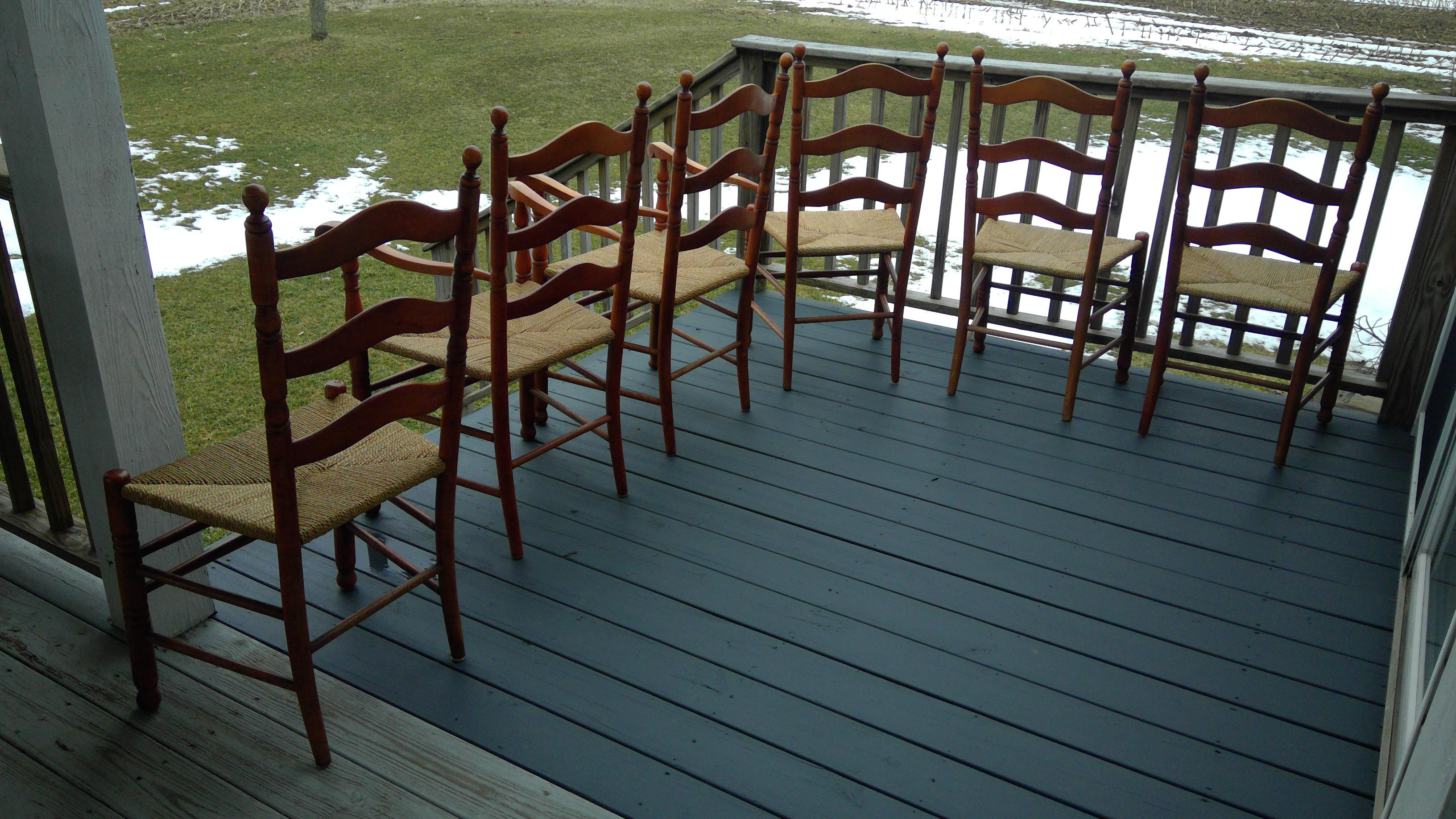 Early American Dining Room Furniture: (Last Chance!) Expandable Bogart-Built Early American Dining Table & Chairs (6 Chairs, 2 With