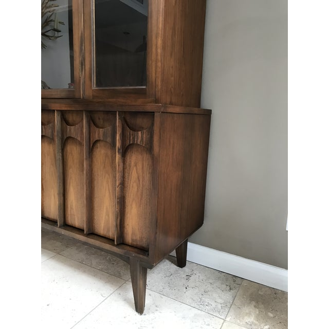 Kent Coffey Mid Century Modern Kent Coffey Perspecta Walnut and Rosewood China Hutch Credenza For Sale - Image 4 of 10
