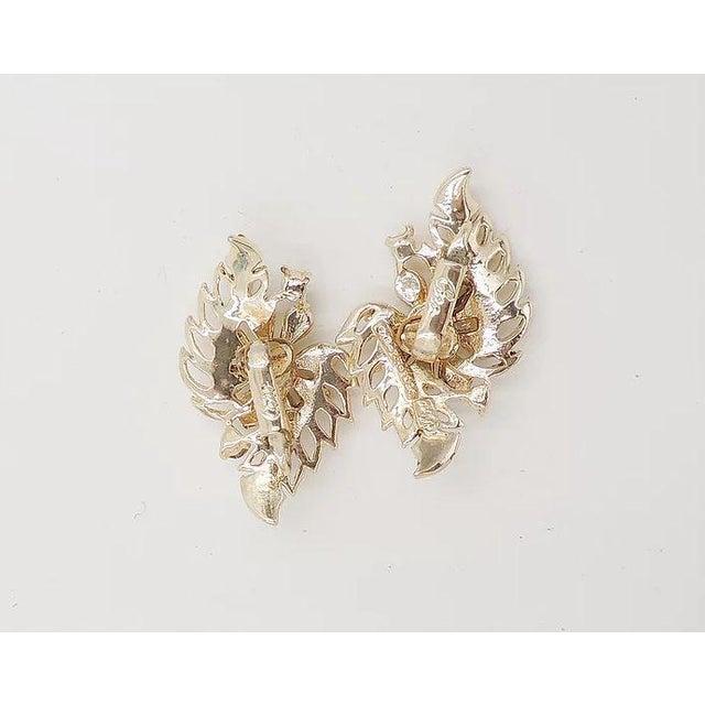 Mid-Century Modern Early 1950s Corocraft Rhinestone Flower Earrings For Sale - Image 3 of 7