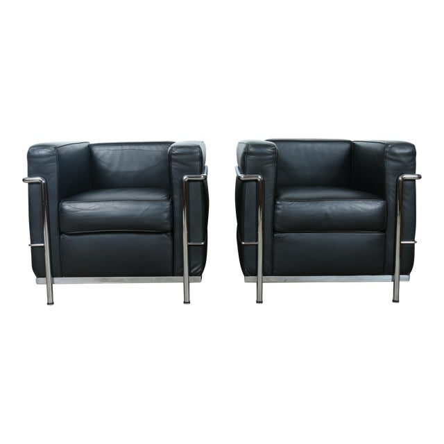 Le Corbusier Style Black Leather Club Chairs - A Pair For Sale