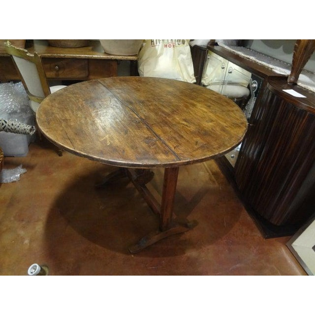 19th Century French Walnut Wine Tasting Table From Burgundy For Sale - Image 9 of 13