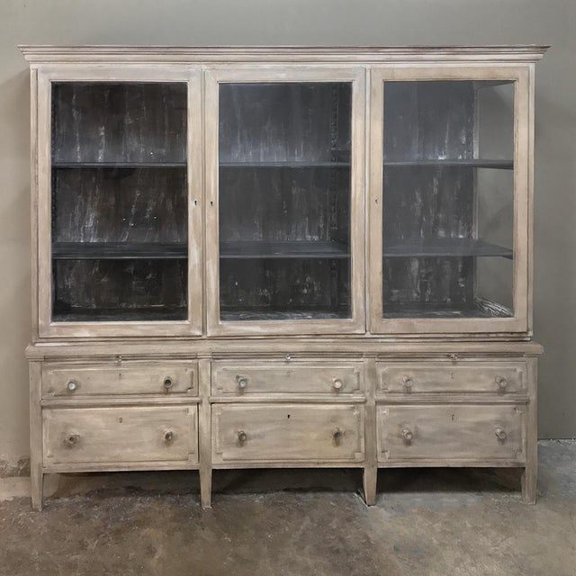 Antique French Louis XVI Whitewashed Bookcase ~ Vitrine For Sale - Image 13 of 13