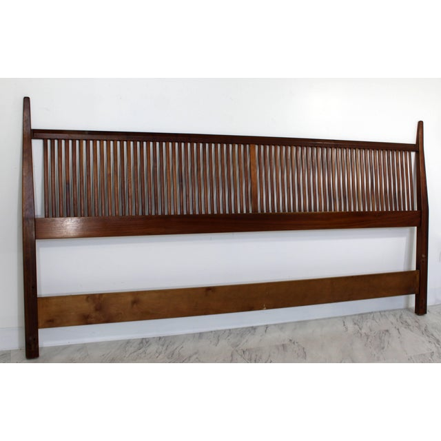 Mid-Century Modern George Nakashima for Widdicomb Slatted King Headboard, 1950s For Sale In Detroit - Image 6 of 8