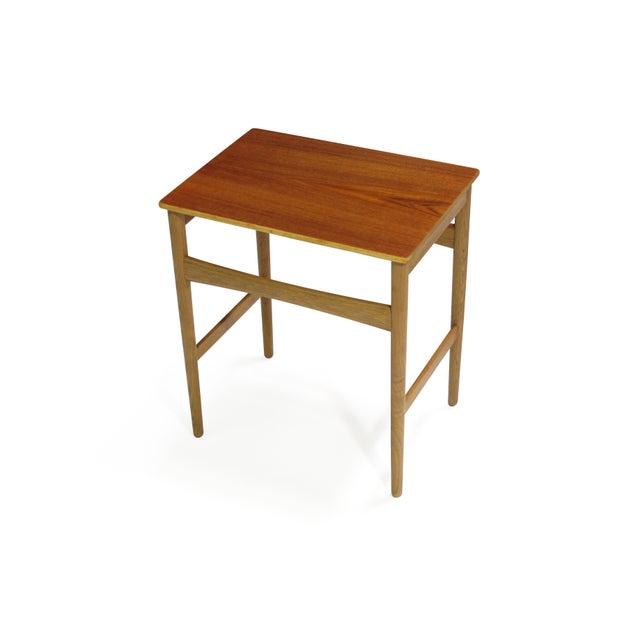 1950s Hans Wegner Teak and Oak Danish Nesting Side Tables - Set of 3 For Sale - Image 5 of 11