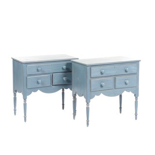 1990s French Country Lexington Furniture Nightstands - a Pair For Sale