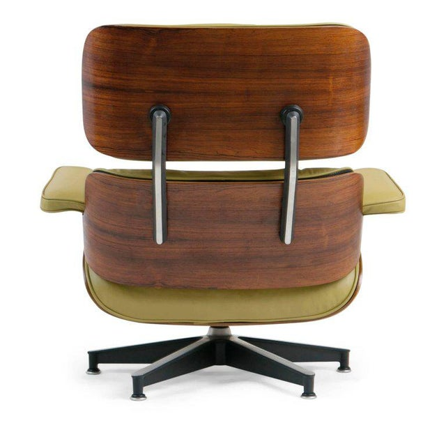 Green Early Production Model 670/671 Lounge Chair & Ottoman by Charles & Ray Eames For Sale - Image 8 of 13