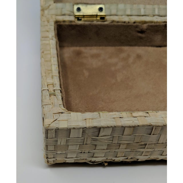 Ralph Lauren Inspired Woven Straw Keepsake Box With Brass Hardware For Sale - Image 10 of 11