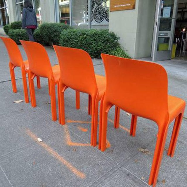 Boho Chic Mid Century Magistretti Italian Artemide Selene Poppy Orange Chairs- Set of 4 For Sale - Image 3 of 8