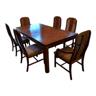 Traditional Dining Room Table and Chairs Set