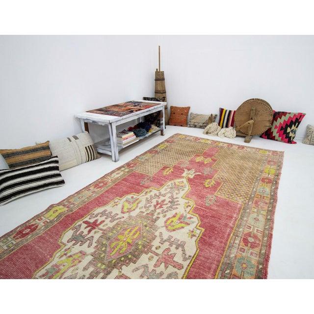 1960s Vintage Turkish Konya Wool Rug- 5′ × 13′7″ For Sale In Los Angeles - Image 6 of 7