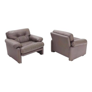 Leather B&b Italia Leather Lounge Chairs - A Pair For Sale