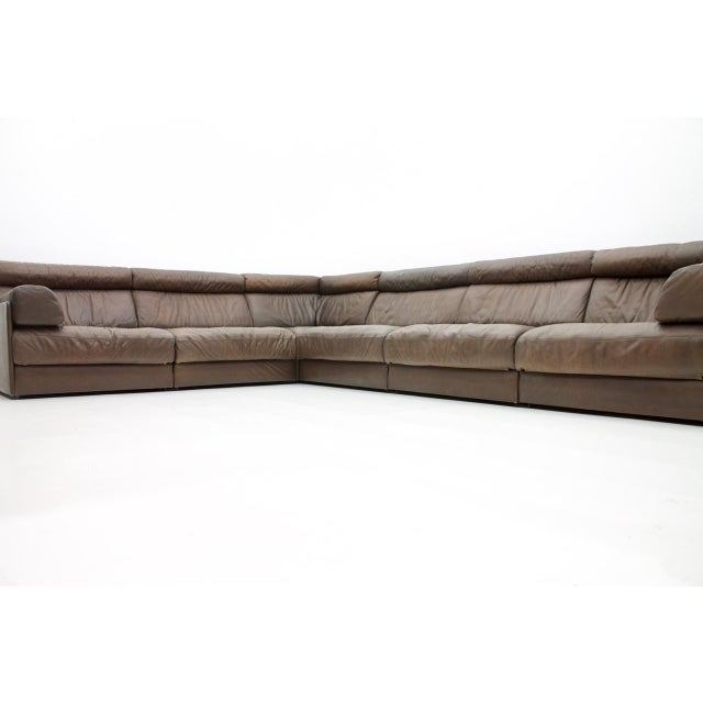 1970s Large Modular Leather Sofa in Dark Brown Leather by De Sede, Switzerland, 1970s For Sale - Image 5 of 11