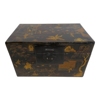 Chinoiserie Gilt Painted Box For Sale