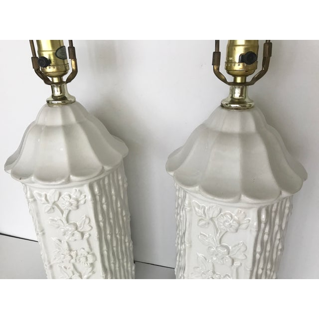 Vintage Chinoiserie Ceramic Pagoda Lamps - A Pair For Sale - Image 5 of 10