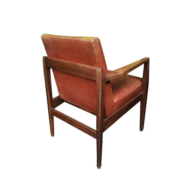 f93da6111df83 Mid-Century Modern Restored Mid-Century Leather Armchairs in the Style of Jens  Risom
