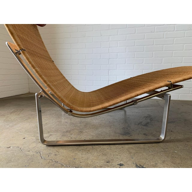 Wicker Poul Kjærholm Pk 24 Chaise Lounge With Wicker Seat for Fritz Hansen For Sale - Image 7 of 12